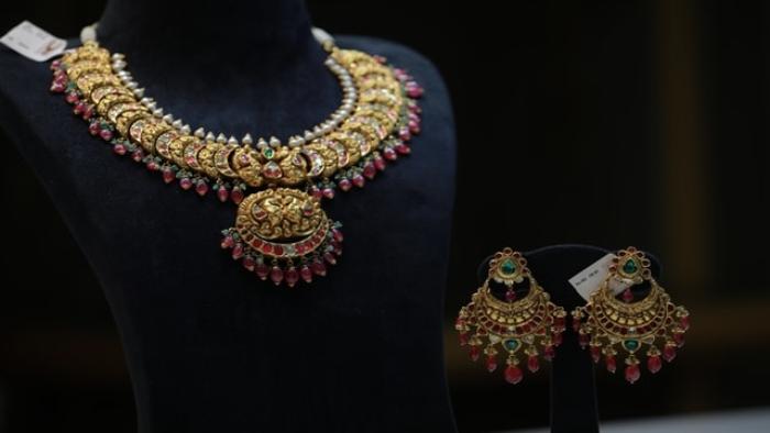 hiya-jewellery-KOEX6sdij9w-unsplash